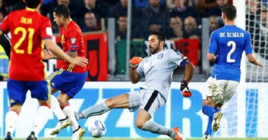 لقطة بوفون في مباراة إيطاليا وإسبانيا في تصفيات المؤهلة لمونديال روسيا 2018