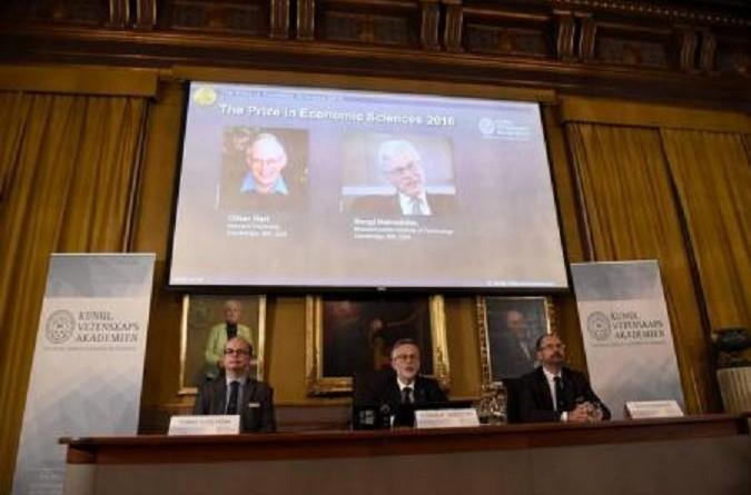 فوز اقتصادي بريطاني وآخر فنلندي بجائزة نوبل في الاقتصاد لعام 2016
