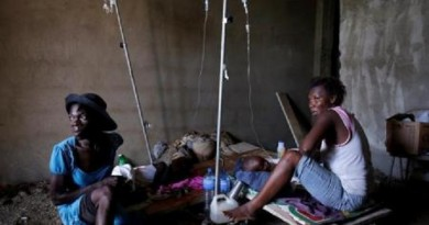 """""""مثل قنبلة نووية"""".. الكوليرا والدمار يضربان هايتي بعد الإعصار ماثيو"""