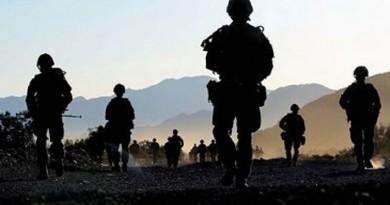 الحكومة البريطانية تدافع عن تدخلها العسكري في ليبيا