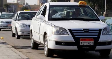 عمر وطني يتقدم بخطاب رسمي لرئيس الحكومة بشأن شكوي سائقي التاكسي