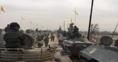 بالصور: حزب الله يقيم عرضًا عسكريًا كبيرًا في سوريا