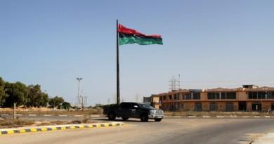 الإفراج عن 3 رهائن أجانب في ليبيا