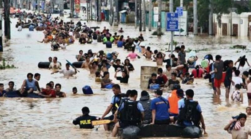 15 قتيلًا بسبب الفيضانات في فيتنام