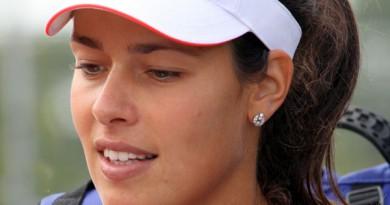 لاعبة التنس الصربية آنا إيفانوفيتش