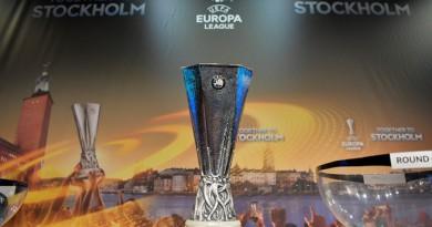 قرعة الدوري الأوروبي.. روما يصطدم بفياريال.. ومانشستر يونايتد يلتقي سانت اتيان