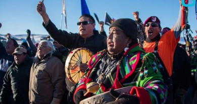 Army denies Dakota pipeline permit, in victory for tribes