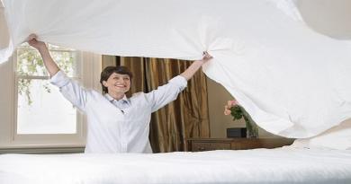 ماذا يحصل لجسمك مع عدم غسل أغطية السرير بانتظام؟