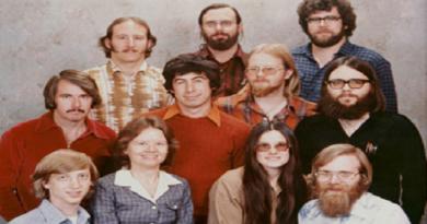 أين أصبح أول 11 موظفًا في مايكروسوفت اليوم؟