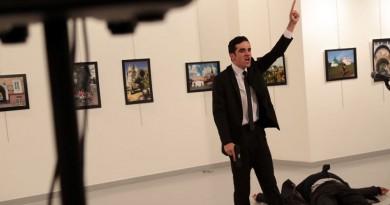 تعرف على اسباب قتل الشرطة التركية لقاتل السفير الروسي