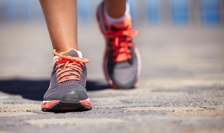 دراسة: المشي 5 دقائق يحسن المزاج والطاقة ويقلل الشهية