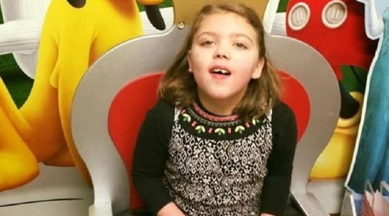 طفلة بريطانية تعاني مرضا يصيب واحدا من كل مليون شخص