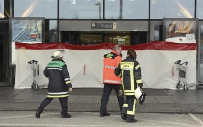 ألمانيا تستبعد وجود هجوم وراء إغلاق مطار هامبورج