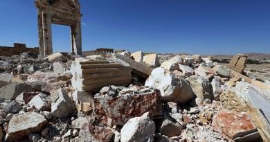 """الدفاع الروسية تنشر فيديو تدمير عناصر """"داعش"""" لآثار تدمر قبل الانسحاب"""
