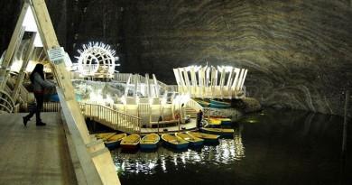 منجم الملح برومانيا يجتذب المزيد من السياح