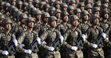 """""""البرلمان الصيني"""": بكين ستزيد نفقات الدفاع بنسبة 7% خلال 2017"""