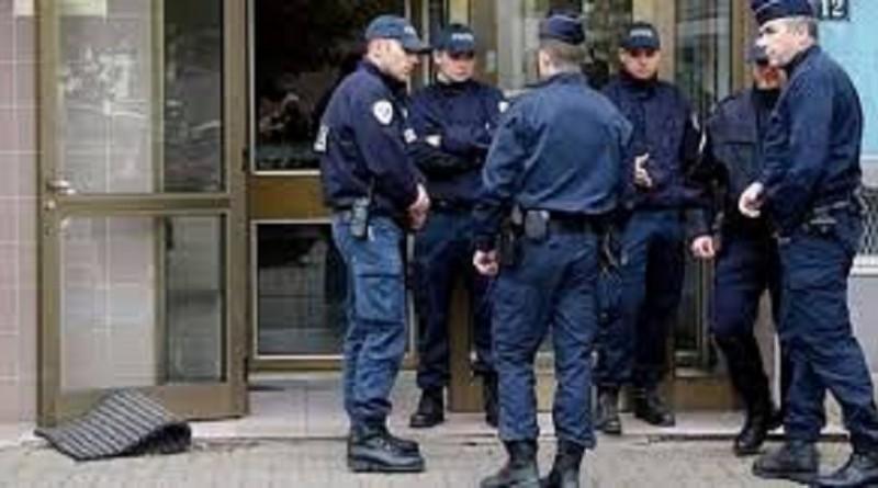 والد منفذ هجومي باريس: ابني ليس إرهابيًا