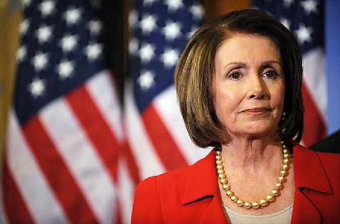 نانسي بيلوسي: اتهام ترامب لأوباما بالتنصت تكتيك استبدادي
