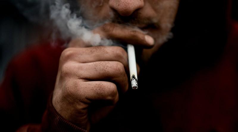 أطعمة تحمي المدخنين من أمراض الرئة