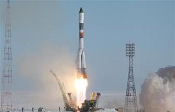 الصين تطلق أول مركبة شحن فضائية يوم الخميس