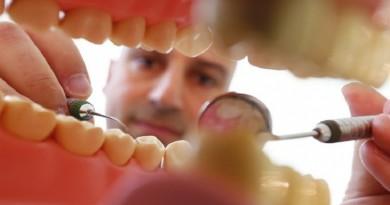 علماء يطورون حشوة أسنان خارقة