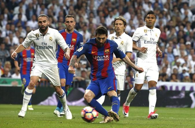 بالفيديو: ميسي يقود برشلونة لتصدر الليجا بعد فوز مثير على ريال مدريد