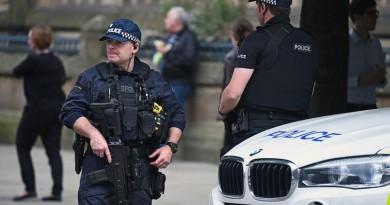 العثور على متفجرات واعتقال شخص سابع في مانشستر