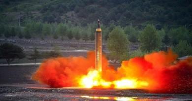 بيونج يانج تواصل تحديها وتطلق صاروخا جديدا
