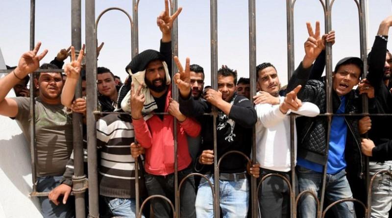 وفاة محتج صدمته سيارة شرطة بتونس