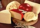 علماء: لا صحة للمعلومات التي تحذر من تناول الأجبان
