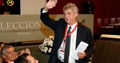 إعادة انتخاب فيلار رئيسًا للاتحاد الإسباني