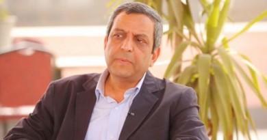 يحيى قلاش: زيارة نقيب الصحفيين لوزير الداخلية في مكتبه عار