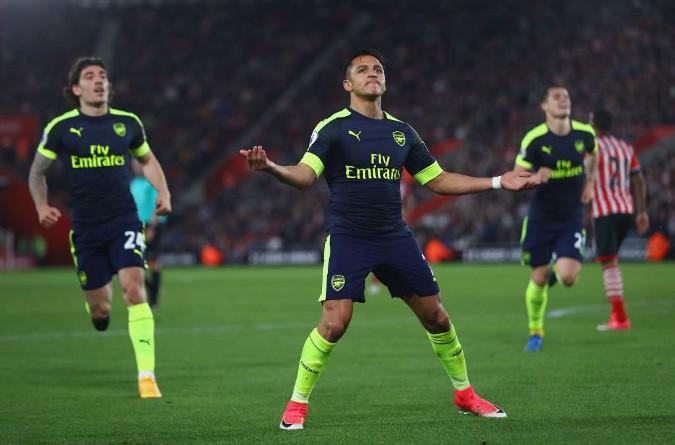 بالفيديو والصور: أرسنال يستعيد المركز الخامس من مانشستر يونايتد