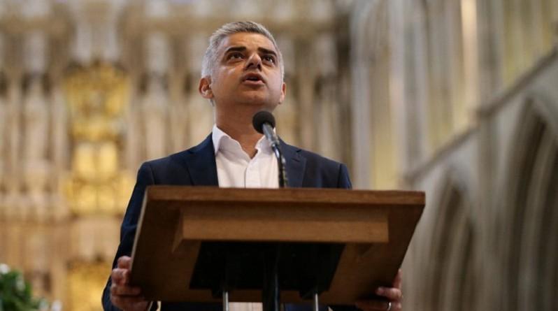 محافظ لندن صادق خان