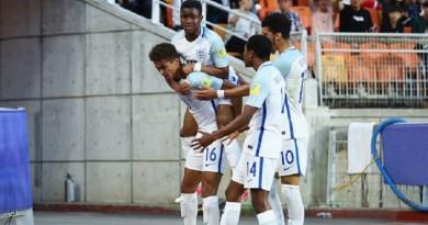 إنجلترا تنهي مغامرة فنزويلا وتتوج بكأس العالم