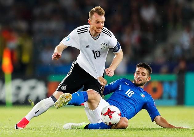 سلوفاكيا تتهم ألمانيا وإيطاليا بالتلاعب في النتائج