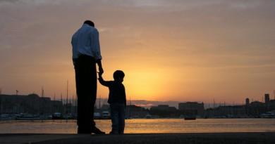 ألمانيا: أبوّة مزيفة مقابل المال والإقامة