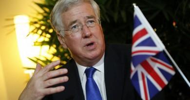 وزير دفاع بريطانيا: موقف الحكومة من مفاوضات الخروج من الاتحاد لم تتغير