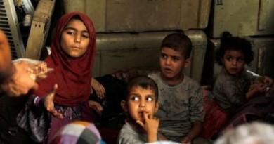 فرار المدنيين مع مهاجمة القوات العراقية آخر معاقل داعش بالموصل