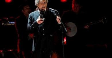 بوب ديلان: هدف الأغاني هو التأثير في النفس لا أن يكون لها معنى