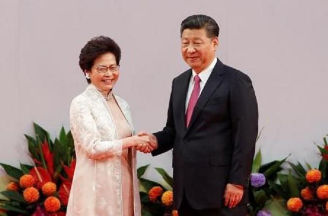 الرئيس الصيني يحذر من تحدي سلطة بكين في هونج كونج