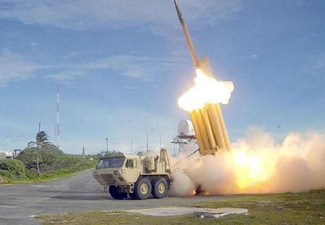 أمريكا: تجربة نظام دفاع صاروخي في ألاسكا أصابت الهدف