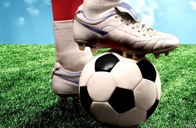 كرة القدم والمصارعة من الرياضات المرتبطة بالتهاب مفصل الركبة
