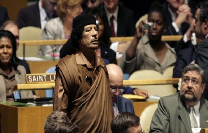 تعرف على سبب قتل القذافي!