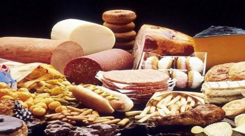 دراسة: النظام الغذائي العالي الدهون مرتبط بخطر الإصابة بسرطان الرئة