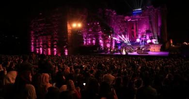 سميرة سعيد تتصدر قائمة الفنانين المغاربة حسب المجلة العالمية فوربس Forbes