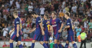 """بالصور: برشلونة يفتتح مشواره بـ""""الليجا"""" بالفوز على ريال بيتيس"""