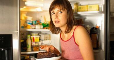 دراسة تربط معدلات السرقة لدى النساء باضطرابات التغذية