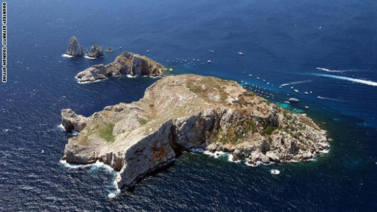 جزيرة الميديين في اسبانيا