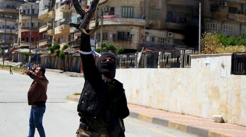 """من يقف وراء مشروع """"جيش الثورة"""" في إدلب وما أهدافه؟"""